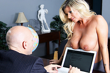 Kristal Summers networks video from Brazzers Network
