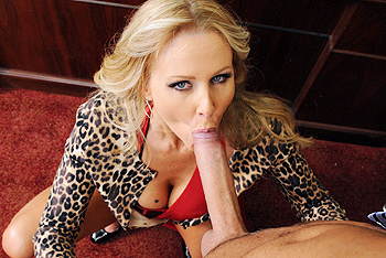 Julia Ann milf porn video from MILFs Like It Big