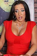 Richelle Ryan06