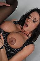 Ariella Ferrera12