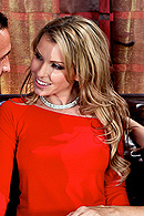 Courtney Cummz, Julia Ann06