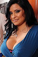 Sophia Lomeli06