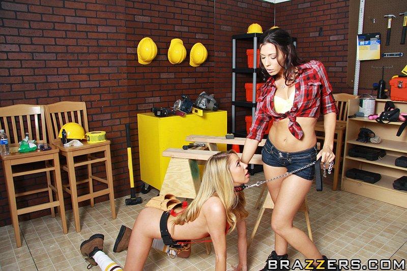 Смотреть жесткие секс игрушки 23 фотография