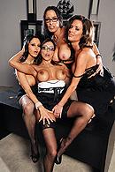 Francesca Le, Vanilla Deville, Ava Addams, Veronica Avluv03