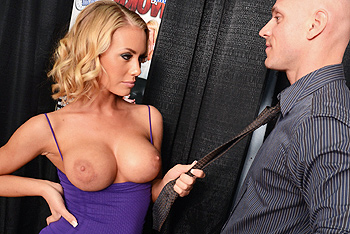 Nicole Aniston networks video from Brazzers Network