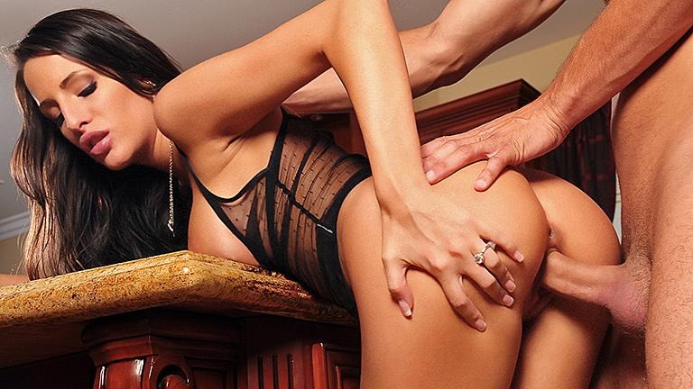 massaggio erotico a una donna siti di prostitute