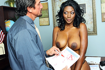 Nyomi Banxxx teen 18+ video from Big Tits At School