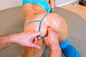 Juelz Ventura anal sex video from Big Wet Butts