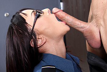 Pornstarslikeitbig.com &#8211; Cytherea in: Massive Flight Risk