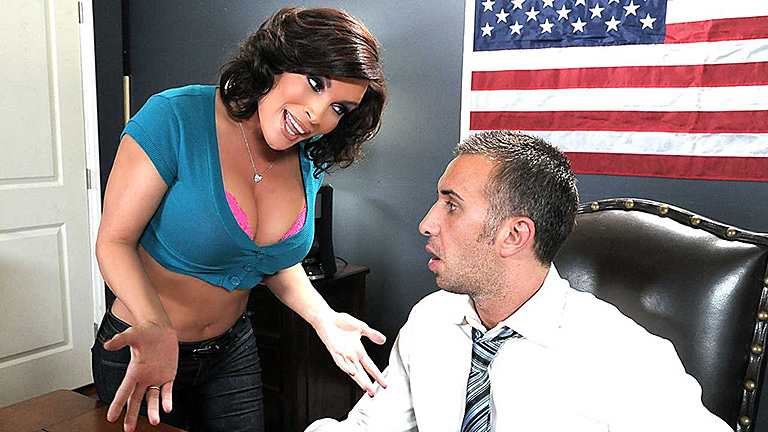 Mommygotboobs.com &#8211; Diamond Foxxx -Promiscuous Pinko Shares Her Pink Private Property