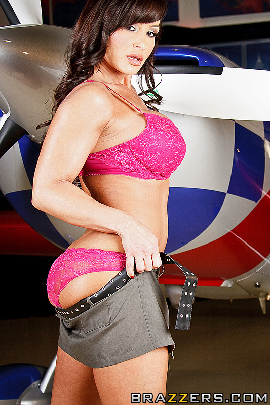 Lisa Ann Hot Milf 1