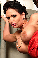 Brazzers HD video - Braless & Lawless