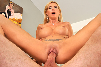 MilfsLikeitBig &#8211; Brooke Tyler &#8211; Like a horse&#8230;