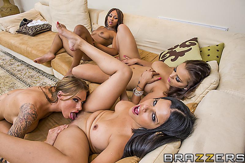 Diamond Kitty , Juelz Ventura , Leilani Leeane , Liza Del Sierra