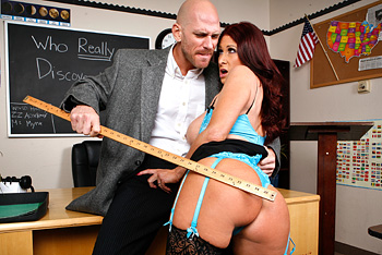 BigTitsatSchool &#8211; Tiffany Mynx &#8211; Teacher&#8217;s Dirty Looks
