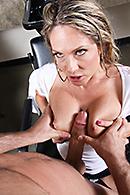 Angela Attison09