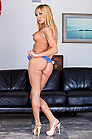Amy Brooke03