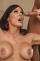 Kendra Lust15