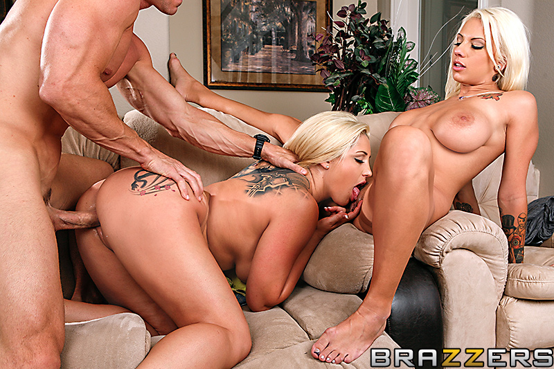 Threesome sex blonde
