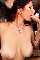 Tiffany Mynx08