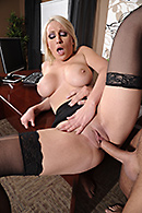 Swallowing her Boss free video clip