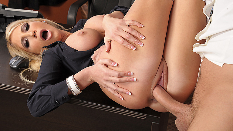 Porn-x-video-about-sex-with-boss-daughter