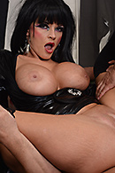 Joslyn James08