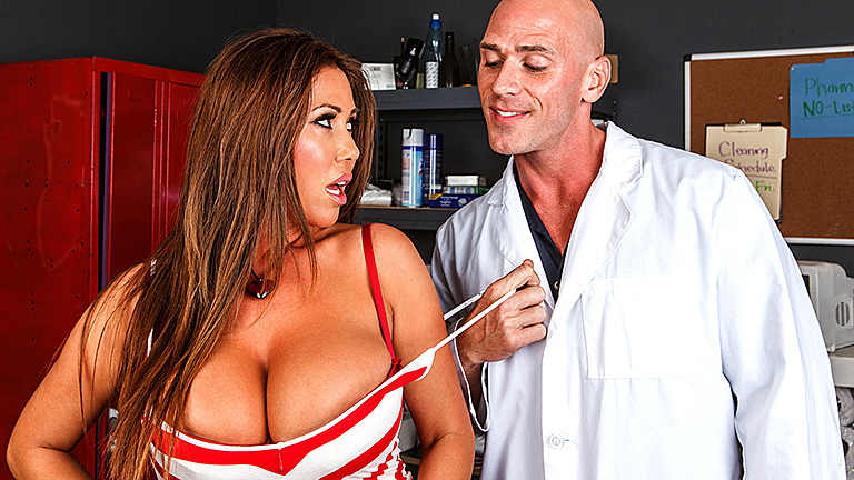 Fake Hospital Guest Video Fake doctor convinces brunette with big tits to suck his cock