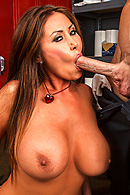 Kianna Dior, Johnny Sins XXX clips