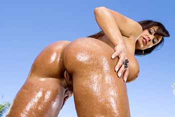 Big Wet Butts &#8211; Lisa Ann &#8211; Wet Dream