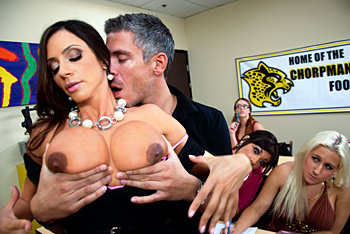 Big Tits At School &#8211; Ariella Ferrera &#8211; The Female Orgasm 101