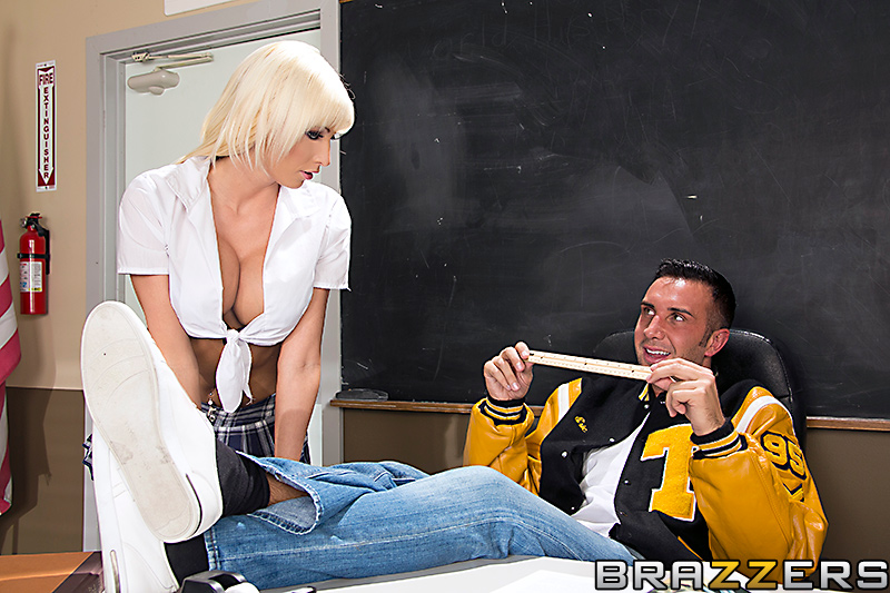 static brazzers scenes 6990 preview img 02