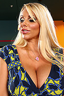 Karen Fisher02