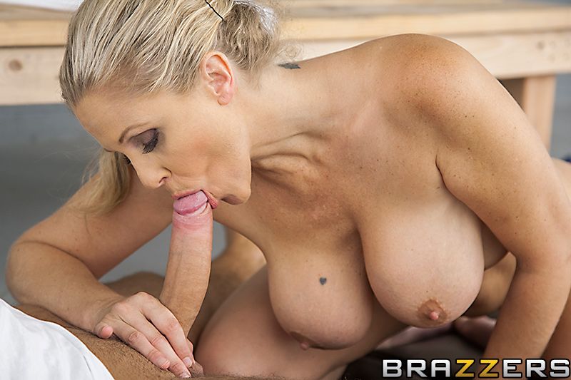 Holy fuck blonde takes a bbc bigger than her arm
