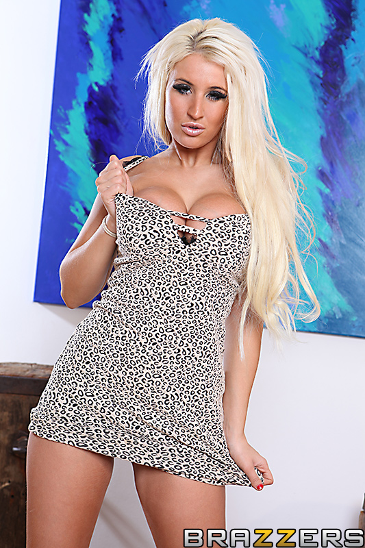 static brazzers scenes 7032 preview img 13
