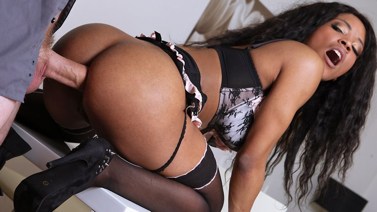 Hot-ebony-wife-story,-xxx-video