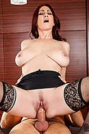Tiffany Mynx11
