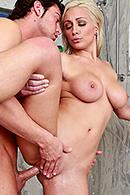 Lexi Swallow06