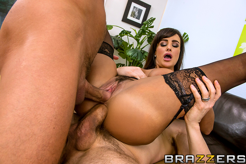 lisa ann threesome