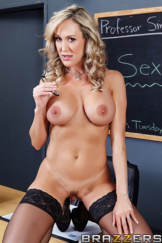 sexo Brazzers: Big Tits at School  online