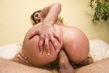 Big Wet Butts  &#8211; AJ Applegate -Open the Applegates