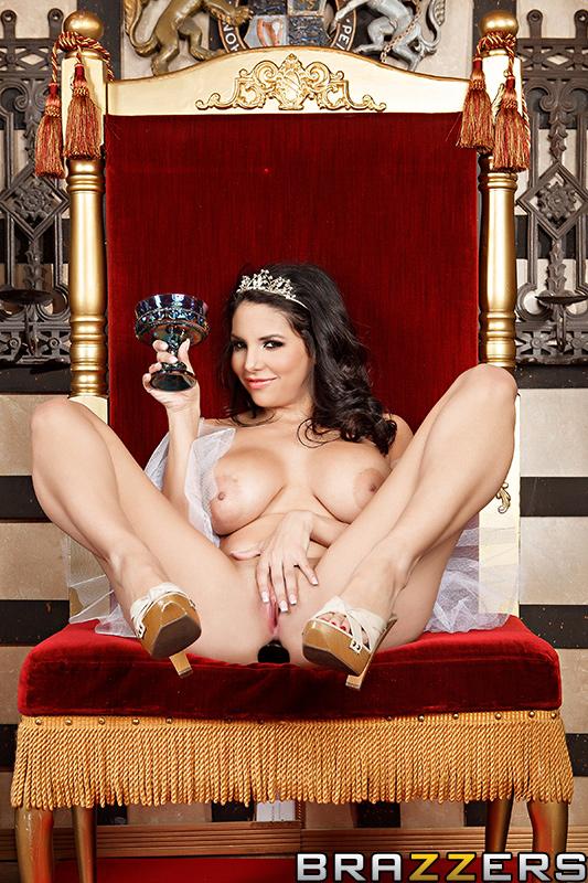Секс трахнул королеву