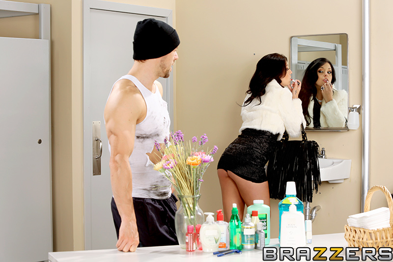 static brazzers scenes 7470 preview img 02