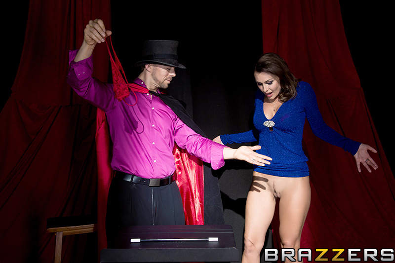 static brazzers scenes 7520 preview img 07