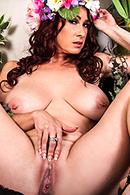 Tiffany Mynx12