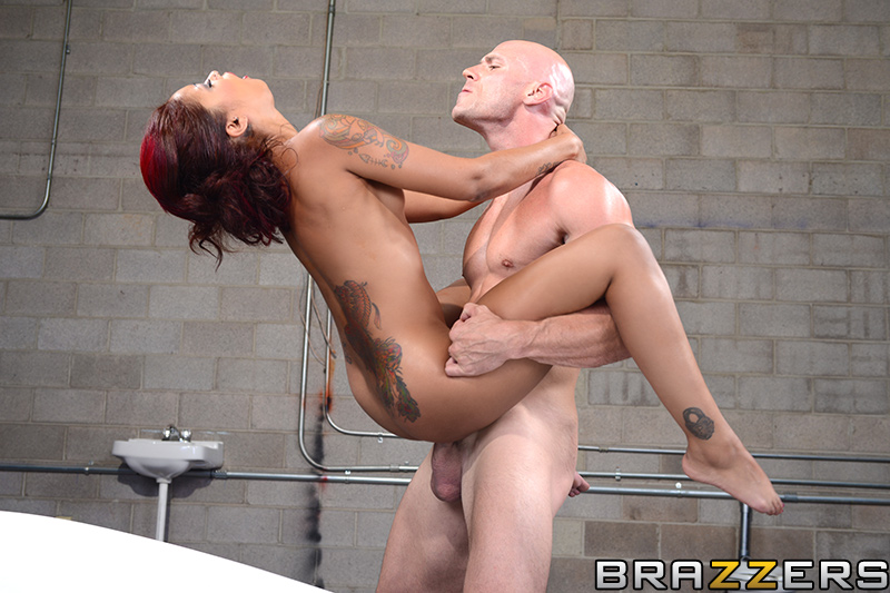 Skin Diamond Ass Licking