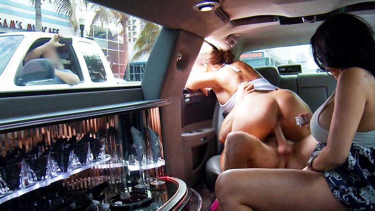 Hot-threesome-fuck-in-car,-xxx-video
