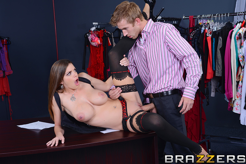 The Intern's Hands-on Training Brooklyn Chase Brazzers