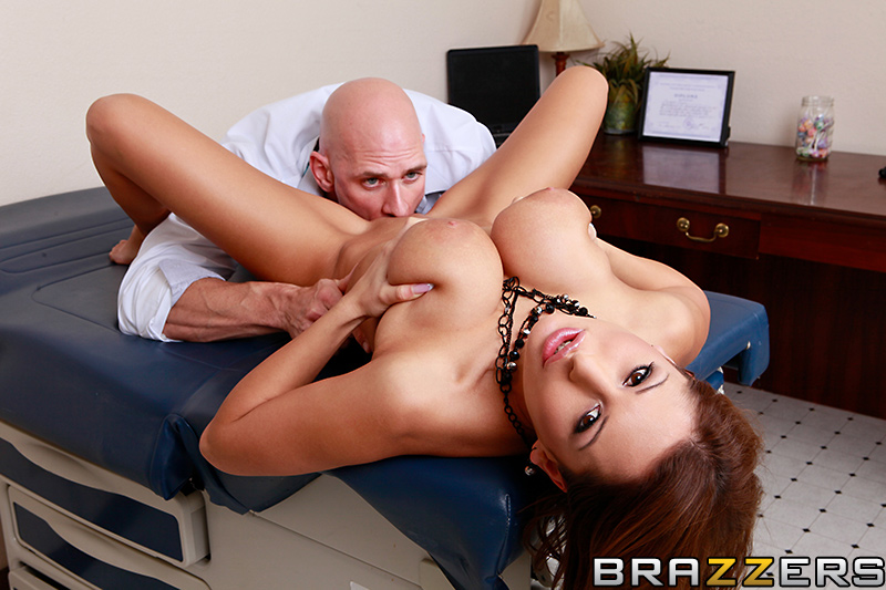 static brazzers scenes 7689 preview img 12