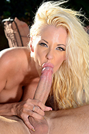 Deep Throat porn video – Pounding That Pussy by the Pool